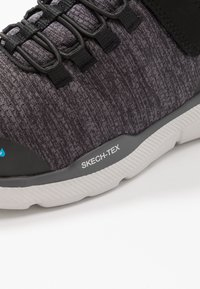 Skechers - EQUALIZER 3.0 - Sneakers laag - black/charcoal/lime - 2