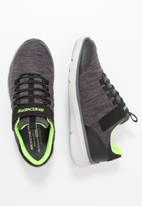 Skechers - EQUALIZER 3.0 - Sneakers laag - black/charcoal/lime - 0