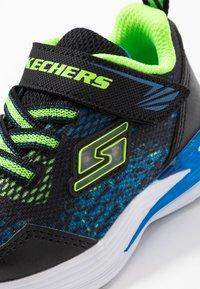 Skechers - ERUPTERS - Tenisky - black/blue/lime - 5