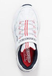 Skechers - STAMINA - Tenisky - white/navy/red - 1