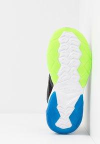Skechers - RAPID FLASH 2.0 - Tenisky - black/blue/lime - 4
