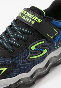 Skechers - TURBOWAVE - Baskets basses - black/blue/lime - 5