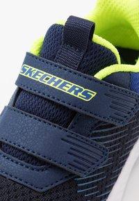Skechers - COMFY FLEX 2.0 - Tenisky - navy/blue - 2