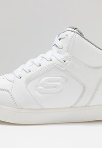 Skechers - E-PRO III - Korkeavartiset tennarit - white - 6