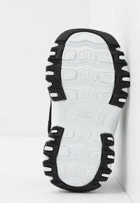 Skechers - D'LITES - Trainers - black/white - 5
