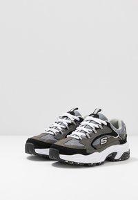 Skechers - STAMINA - Tenisky - charcoal/black - 3