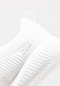 Skechers Sport - BOBS SQUAD - Zapatillas - white - 2