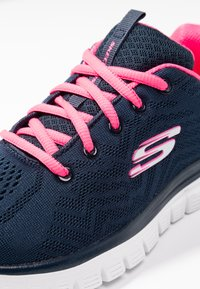 Skechers Sport - GRACEFUL - Zapatillas - navy/hot pink - 2