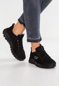 Skechers Sport - GRACEFUL - Sneakers laag - black - 0