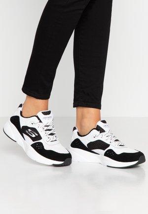 MERIDIAN - Sneaker low - white/black