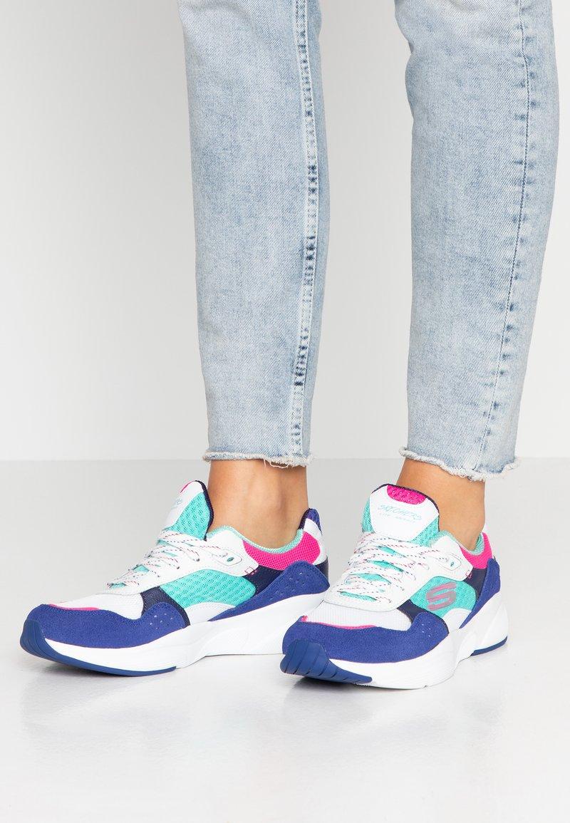 Skechers Sport - MERIDIAN - Sneaker low - white/blue/pink