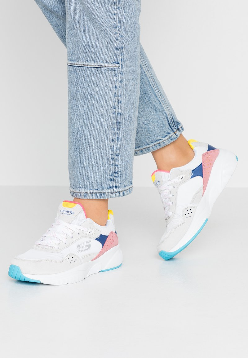 Skechers Sport - MERIDIAN - Trainers - white/offwhite/multicolor