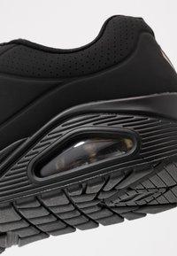Skechers Sport - UNO - Sneakers laag - black - 2