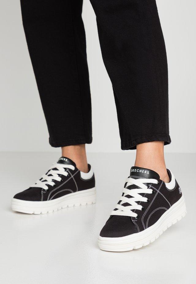 STREET CLEATS - Matalavartiset tennarit - black/white