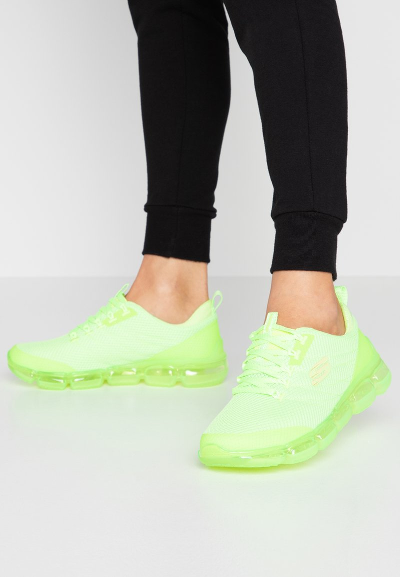 Skechers Sport - SKECH AIR  - Trainers - neon lime