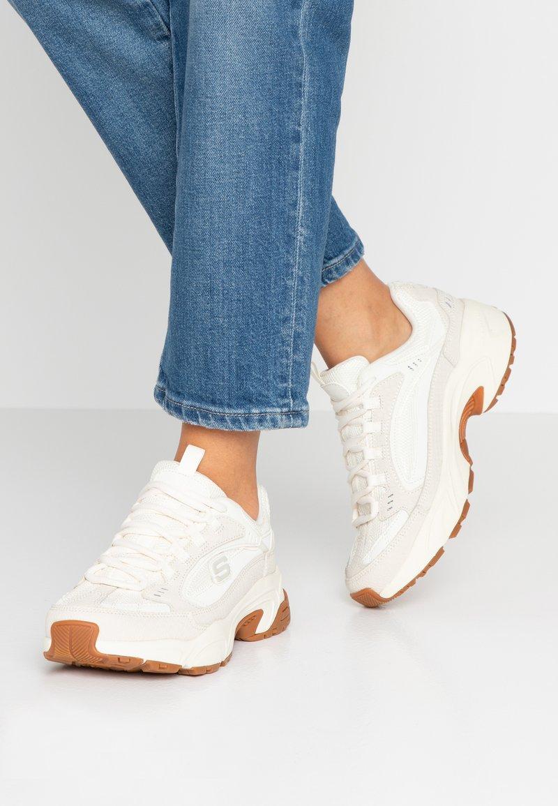 Skechers Sport - STAMINA - Sneaker low - offwhite