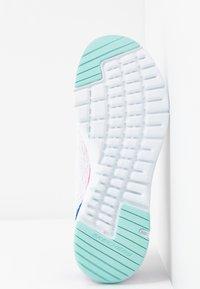 Skechers Sport - FLEX APPEAL 3.0 - Sneakers - white/multicolor - 6