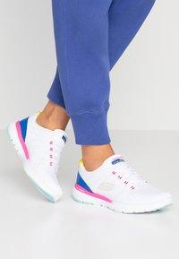Skechers Sport - FLEX APPEAL 3.0 - Sneakers - white/multicolor - 0