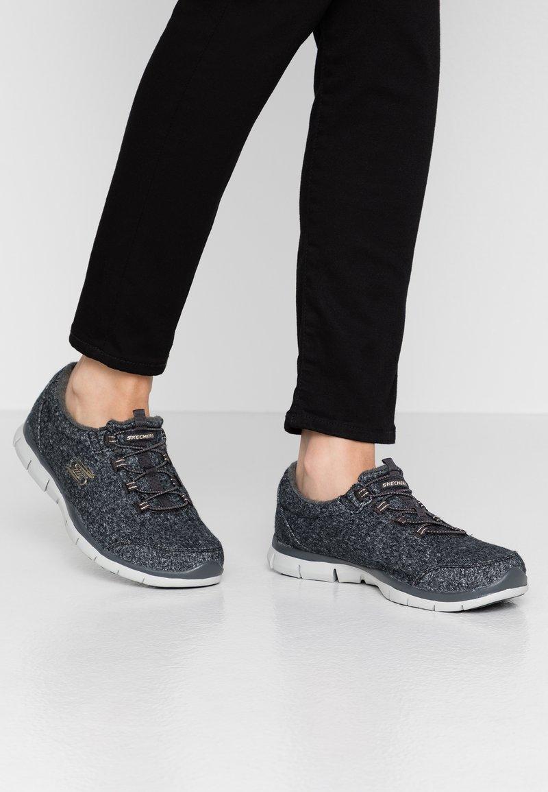 Skechers Sport - GOOD IDEA - Slip-ons - charcoal/rose gold/gray trim