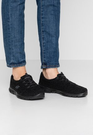 GOOD IDEA - Loaferit/pistokkaat - black