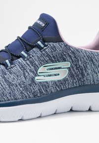 Skechers Sport - SUMMITS - Slipper - navy/purple/light blue - 2