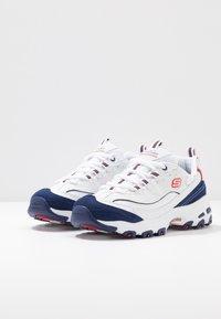 Skechers Sport - D'LITES - Zapatillas - white/navy/red - 4