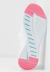 Skechers Sport - SOLAR FUSE - Trainers - white/multicolor - 6