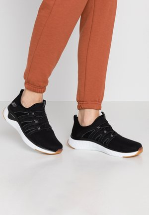 SOLAR FUSE - Sneakers laag - black/white