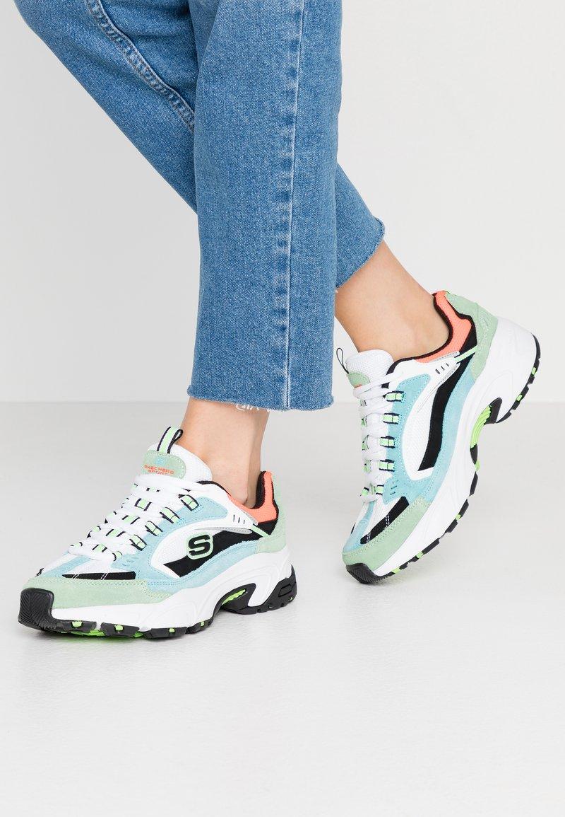Skechers Sport - STAMINA - Sneakersy niskie - blue/green/white/black