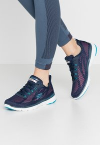Skechers Sport - FLEX APPEAL 3.0 - Sneakers laag - navy/blue/pink - 0