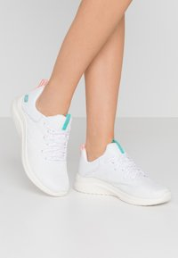 Skechers Sport - ULTRA FLEX  - Trainers - white/aqua/pink - 0