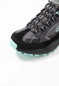 Skechers Sport - STAMINA - Sneakers laag - black/gray/mint - 2