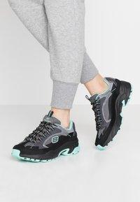 Skechers Sport - STAMINA - Sneakers laag - black/gray/mint - 0