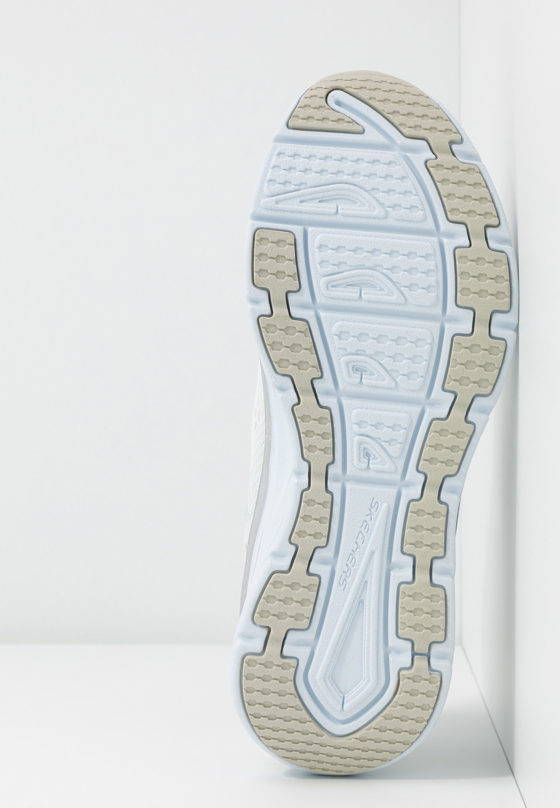 Skechers Sport MAX FLEX - Joggesko - white/silver