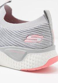 Skechers Sport - SOLAR FUSE - Slip-ons - gray/pink - 2
