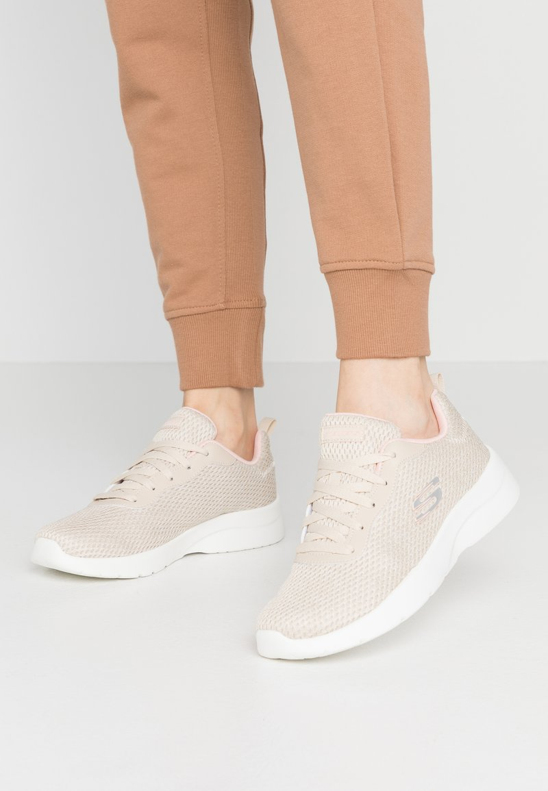 Skechers Sport - DYNAMIGHT 2.0 - Sneakers laag - natural/coral