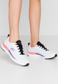 Skechers Sport - ULTRA GROOVE - Trainers - white/multicolor - 0