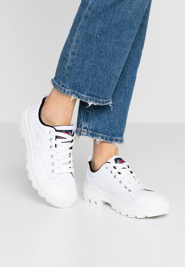 ROADIES - Sneaker low - white