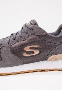 Skechers Sport - OG 85 - Trainers - charcoal/rose gold - 6