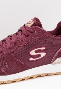 Skechers Sport - OG 85 - Sneakers - burgundy/rose gold - 5