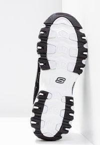 Skechers Sport - D'LITES - Trainers - black/white/silver - 6
