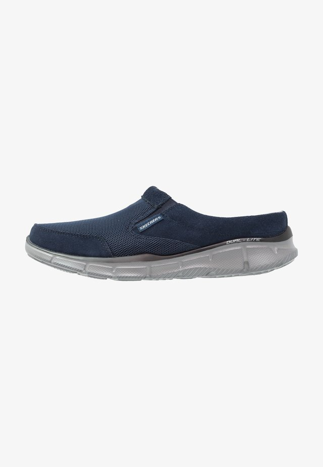 EQUALIZER - Mules - navy