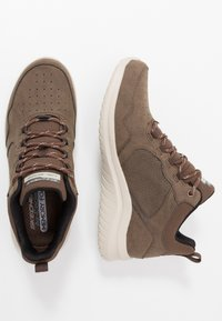 Skechers Sport - ULTRA FLEX 2.0 - Sneaker high - choc - 1