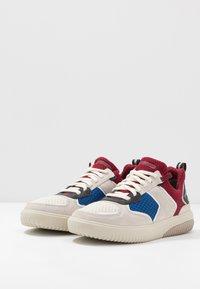 Skechers Sport - RIDGE - Sneakersy niskie - white/multicolor - 2