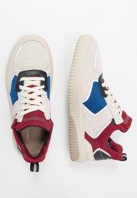 Skechers Sport - RIDGE - Sneakersy niskie - white/multicolor - 1