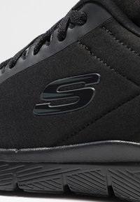 Skechers Sport - FLEX ADVANTAGE 3.0 - Sneaker low - black - 5
