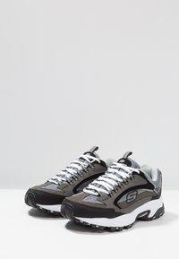 Skechers Sport - STAMINA - Sneakersy niskie - charcoal/black - 2