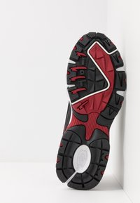 Skechers Sport - STAMINA - Sneakersy niskie - black/red - 4