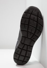 Skechers Sport - SUMMITS  FORTON - Slip-ons - black - 4