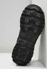 Skechers Sport - D'LITES - Sneaker low - black - 3